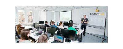 Programowanie nie gryzie! Dzień otwarty w Coder's Lab image